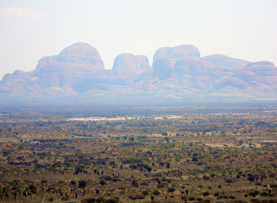 Kata-Tjuta-from-a-distance